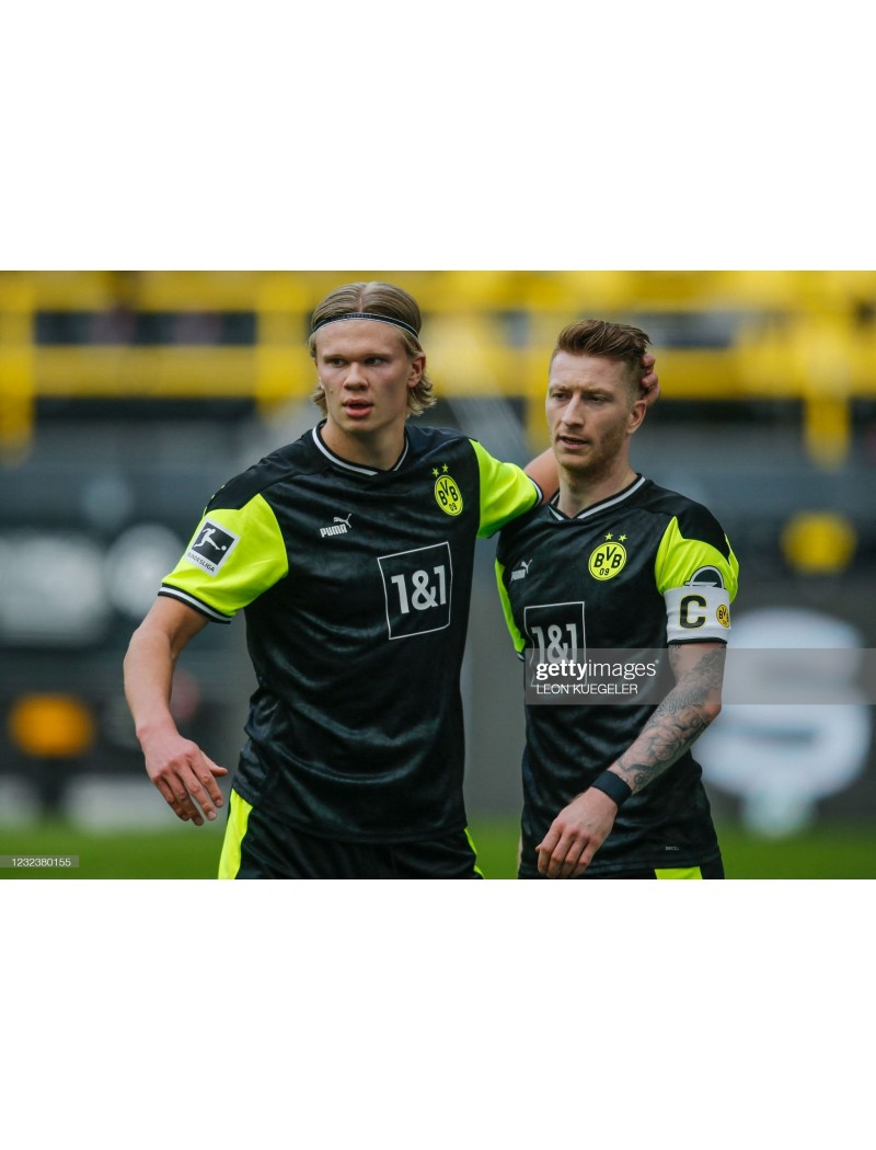 2020-2021  Bundesliga x Black & White Badges (DORTMUND Use)